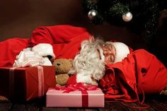#sleeping #santaclaus #Santaclauspictures http://www.fatherchristmasletters.co.uk/google