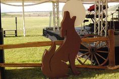 Coyote Silhouette #bydzign #props #vegasdecor #décor #partyrentals For more info/ideas visit www.by-dzign.com