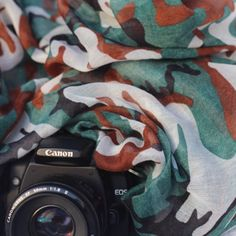 ️ BE that super stylish photographer everyone is envious of~www.thecamerascarf.com See all the ways you can style our Camera Scarfs at: https://youtu.be/KnWdENfHIks   Instagram @thecamerascarf  #thecamerascarf #camerascarf