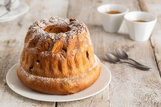 Kugelhopf ricetta Brunch, Bagel, Doughnut, Bread, Desserts, Food, Dinner, Tailgate Desserts, Deserts