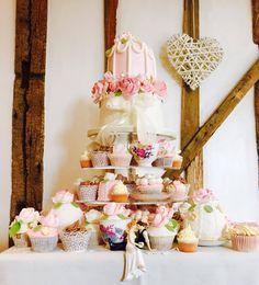 Sarah and John's beautiful wedding cake.