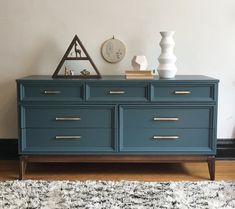 Refinished Mid Century Modern Dixie Dresser in North Side, Cook County ~ Apartment Therapy Marketplace Classifieds decor Tall Refurbished Furniture, Upcycled Furniture, Furniture Projects, Furniture Makeover, Home Furniture, Furniture Cleaning, Bedroom Furniture, Dresser Makeovers, Dresser Ideas