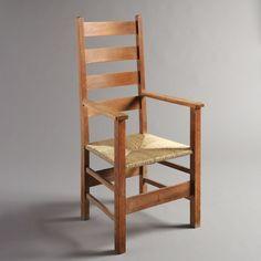 Деревянный стул от Амброуза Хила