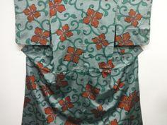 Antique Meisen Kimono 唐草に花菱模様銘仙着物