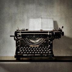 typewriter   ..rh
