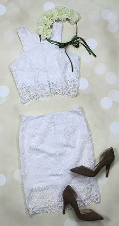 We're certain Taylor Swift would LOVE these matching separates as much as we do! Pair this ivory lace top and pencil skirt set with some pumps and you're sure to turn heads! Only $29 each! #wedding #bridal #shopentourage