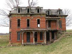 Mudhouse Mansion, Ohio, Second Empire Victorian Old Abandoned Buildings, Old Buildings, Abandoned Places, Abandoned Castles, Abandoned Ohio, Spooky Places, Haunted Places, Old Mansions, Abandoned Mansions