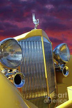 ✯ 1934 Packard