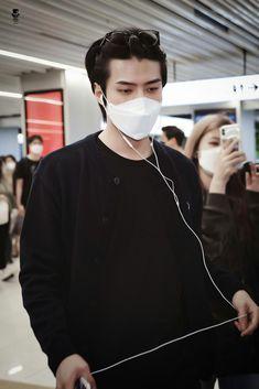 Sehun, Body Proportions, Hunhan, Kim Min Seok, Exo Members, Airport Style, Airport Fashion, Fashion 2020, Asian Boys