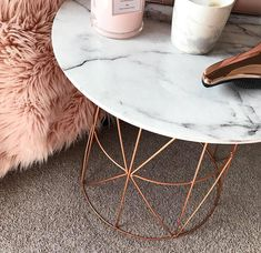 Kmart Hack - DIY marble and rose gold coffee table - Ashley Maree Beauty Room Decor Bedroom Rose Gold, Marble Room Decor, Rose Gold Rooms, Rose Gold Decor, Gold Home Decor, Rose Gold Bedroom Accessories, Rose Gold Interior, Table Accessories, Teenage Room Decor