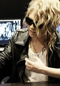 The survival action game designed for PlayStation®4『LET IT DIE』has currently reached over than 3 milion dowloads worldwide. KAMIJO, who composed the track「Battle of the Tower -16-」which is the them…