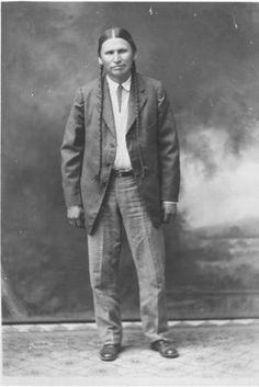 Picture of Baldwin Parker in a standing pose. He was the son of Quanah Parker and Chony. His son, Baldwin, Jr. was born Dec. 17, 1918 in Indiahoma, OK.