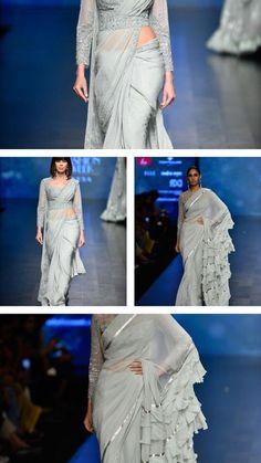 32 new ideas for wedding indian fusion saris Indian Wedding Outfits, Indian Outfits, Indian Clothes, Indian Weddings, Indian Attire, Indian Wear, Saree Gown, Net Saree, Sari Design