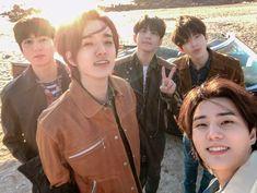 Kpop, Young K Day6, Wattpad, Fandoms, Picture Credit, Scene Photo, Paramore, South Korean Boy Band, Jaehyun