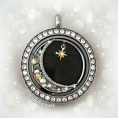 Origami Owl is a leading custom jewelry company known for telling stories through our signature Living Lockets, personalized charms, and other products. Origami Charms, Origami Owl Lockets, Origami Owl Jewelry, Origami Owl Fall, Origami Bird, Oragami, Origami Owl Business, Locket Charms, Owl Charms