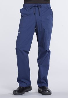 Professionals By Cherokee Pantalon Mens Taper, Medical Uniforms, Medical Scrubs, Nursing Dress, Drawstring Pants, Cargo Pants, Fashion 2020, Work Wear, Parachute Pants