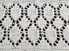 diamond-lace-knitting-pattern: written and charted