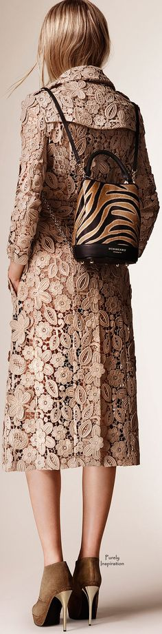 Burberry Prorsum Resort 2016 RTW | Purely Inspiration http://www.style.com/fashion-shows/resort-2016/burberry-prorsum/collection