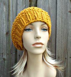 Cappello di lana delle donne del cappello del Beanie Slouchy Seed Beret Hat in senape Accessori Giallo Cappello Cappello di lana giallo senape Beret Hat Womens