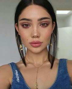 Amanda Khamkaew That eye makeup👌 Cute Makeup, Pretty Makeup, Prom Makeup, Wedding Makeup, Makeup Trends, Makeup Inspo, Makeup Goals, Makeup Tips, Makeup Ideas
