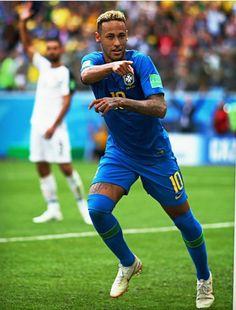 Neymar Jr, Fifa World Cup, Psg, Bed Room, Soccer, Paris, Football Players, Hs Sports, Saints
