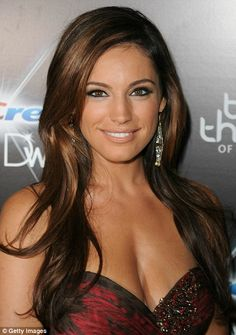 Kelly Brook Long Hairstyles Brown Layered b.p youngjae hairstyle Hairstyle Design Ideas has published Kelly Brook Long Hairstyles Brown. Celebrity Hairstyles, Cool Hairstyles, Layered Hairstyles, Kelly Brook Hot, Long Layered Hair, Auburn Hair, Hot Brunette, Tan Skin, Dark Hair