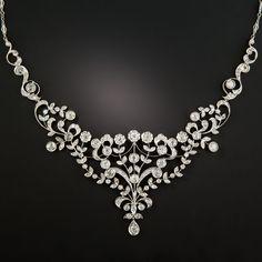 Edwardian Style Diamond Bib Necklace - What's New Edwardian Jewelry, Edwardian Era, Edwardian Fashion, Antique Jewelry, Vintage Jewelry, Vintage Necklaces, Bijoux Design, Jewelry Design, Art Deco Jewelry