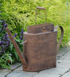 - Watering Can - Short, Rusty, Oblong