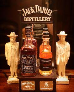 Oldies but goodies #gentlemanjack #antiques #jackdaniels #cocktails #thewhiskeycave #vintage #toocoolforschool #barware #bartender…