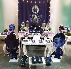 Netflix Super Monsters Birthday Party Monster Birthday Cakes, Monster 1st Birthdays, Monster Birthday Parties, First Birthdays, Second Birthday Ideas, Baby Boy First Birthday, Fourth Birthday, Birthday Fun, Mini Monster