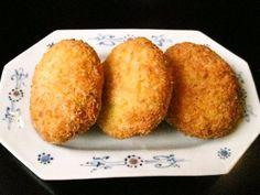 Recipes for Tom: Kani kuriimu korokke / crab cream croquettes