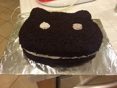 I made a cookie cat (Steven Universe) cake for my best friend for her birthday! :) and its too intense for life