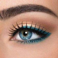 Orange Lipstick Makeup, Blue Eye Makeup, Eye Makeup Tips, Skin Makeup, Eyeliner Makeup, Makeup Brushes, Blue Makeup Looks, Gold Eyeliner, Makeup Geek