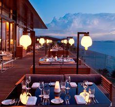 Rooftop restaurant でごはんが食べたい!