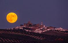 La Luna llena y Espejo