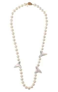 A Master Mix: Backstage Pass Pearl and Shark Teeth Necklace