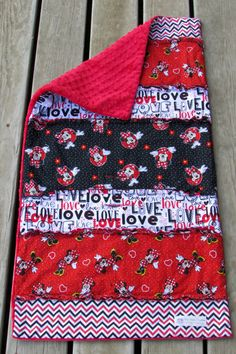 Minnie Mouse Strip Rag Quilt Minky Blanket by LovePitterPatter  #DisneyTripMustHave #MinnieMouseQuilt #LovePitterPatter