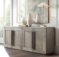 Tips that will help Better Your own knowledge of modern decor Furniture Vanity, Furniture Decor, Sideboard Dekor, Credenza, Sideboard Ideas, Interior Decorating, Interior Design, Home Hardware, Entryway Decor