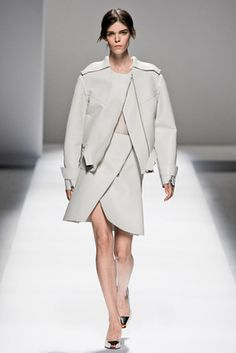 Sportmax Spring 2013 Ready-to-Wear Fashion Show: Complete Collection - Style.com