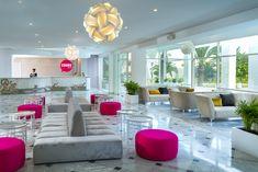 Lobby Spa, Table, Furniture, Home Decor, Decoration Home, Room Decor, Tables, Home Furnishings, Home Interior Design