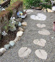~Garden Stepping Stones: 30 Beautiful Ways To Decorate Your Garden~