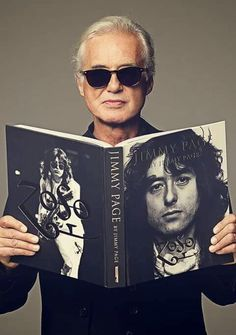 Jimmy Page reading. Jimmy Page! Led Zeppelin, Jimmy Page, Robert Plant, Rock N Roll Music, Rock And Roll, Great Bands, Cool Bands, Hard Rock, Heavy Metal
