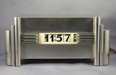 Decopix - The Art Deco Architecture Site - Lawson Clock Gallery
