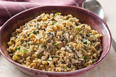 Quinoa is a tasty alternative to rice in this pilaf with mushrooms and grated Parmesan. (Thanks to the quinoa, it's a better-for-you choice! Side Dish Recipes, Veggie Recipes, Vegetarian Recipes, Cooking Recipes, What's Cooking, Cooking Dishes, Free Recipes, Dinner Recipes, Kraft Recipes