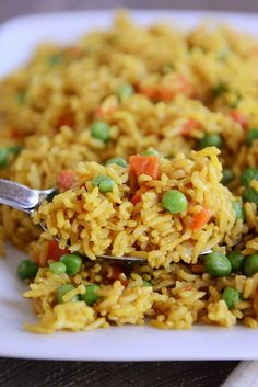 Healthy inexpensive and delicious this pressure cooker Indian Vegetable Rice is a perfect side OR main dish and thanks to the almighty Instant Pot it is easy as can be Instant Pot Pressure Cooker, Pressure Cooker Recipes, Instant Cooker, Pressure Pot, Vegetable Rice Recipe, Yellow Rice Recipes, Indian Food Recipes, Healthy Recipes, Crockpot