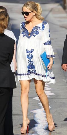Kate Hudson in Emilio Pucci tunic Maternity Wear, Maternity Fashion, Maternity Dresses, Maternity Style, Maternity Wardrobe, Emilio Pucci, Pregnancy Looks, Pregnancy Outfits, Pregnancy Style