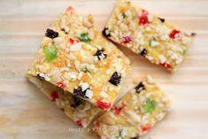 HESTI'S KITCHEN : yummy for your tummy: Kukis Kenari Fruit Mix Choco Chip Cookies, Choco Chips, Cake Cookies, Fruit Cake Mix, Healthy Granola Bars, Cake Bars, Mixed Fruit, Cute Cakes, Cookies