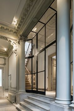marble - columns - black steel