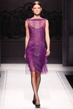 Alberta Ferretti Fall 2012 Ready-to-Wear - Collection - Gallery - Style.com
