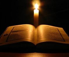 El Quran by candlelight